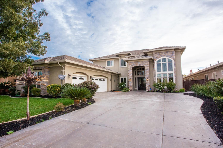 998 North Canyon Drive, Modesto, CA 95351