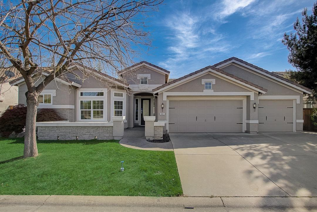 301 Ainsdale Court, Roseville, CA 95747