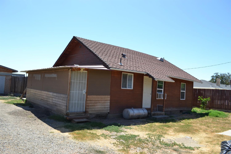 2912 Orange Ave, Patterson, CA 95363
