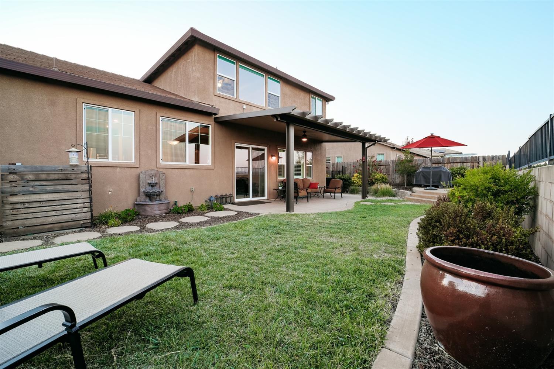 3177 Demartini Drive, Roseville, CA 95661