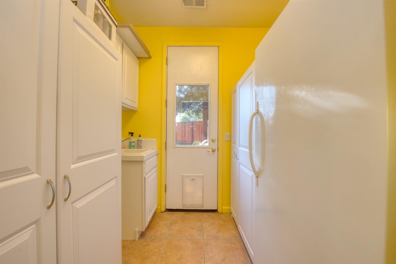 2328 Lovers Point Lane, Modesto, CA 95356