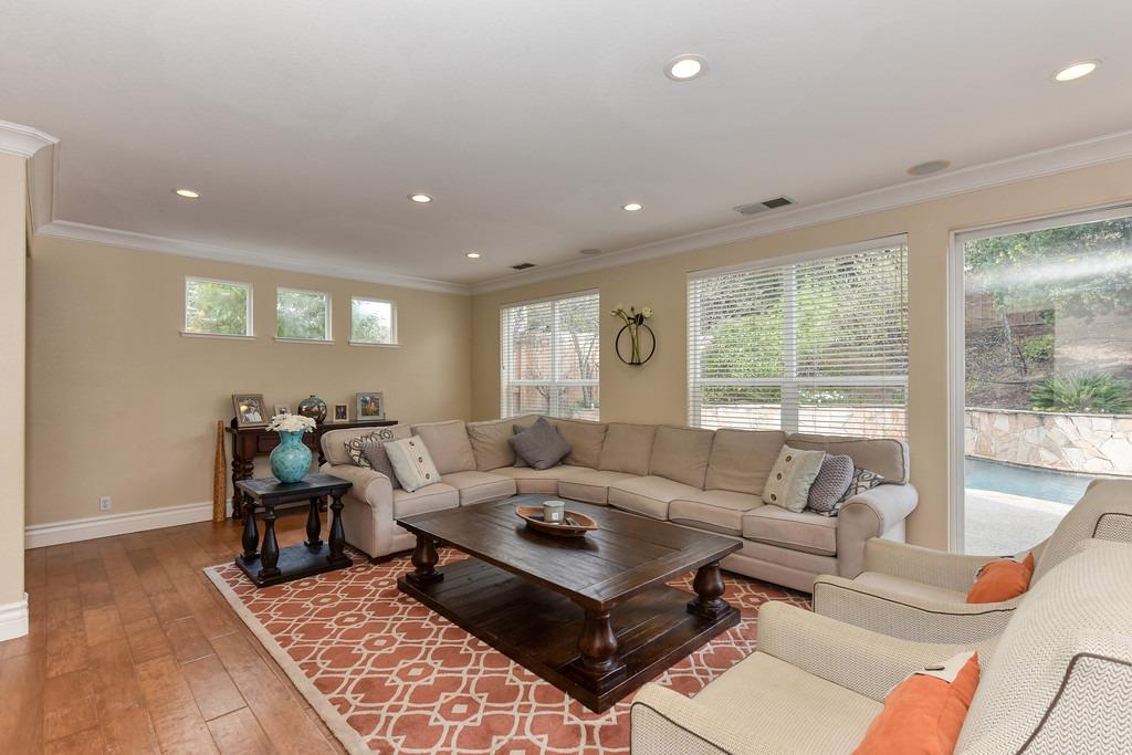 5310 Parkford Circle, Granite Bay, CA 95746