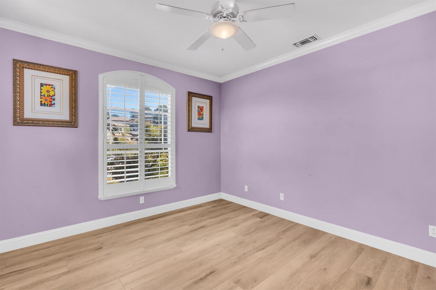 189 lost oak Court, Roseville, CA 95661