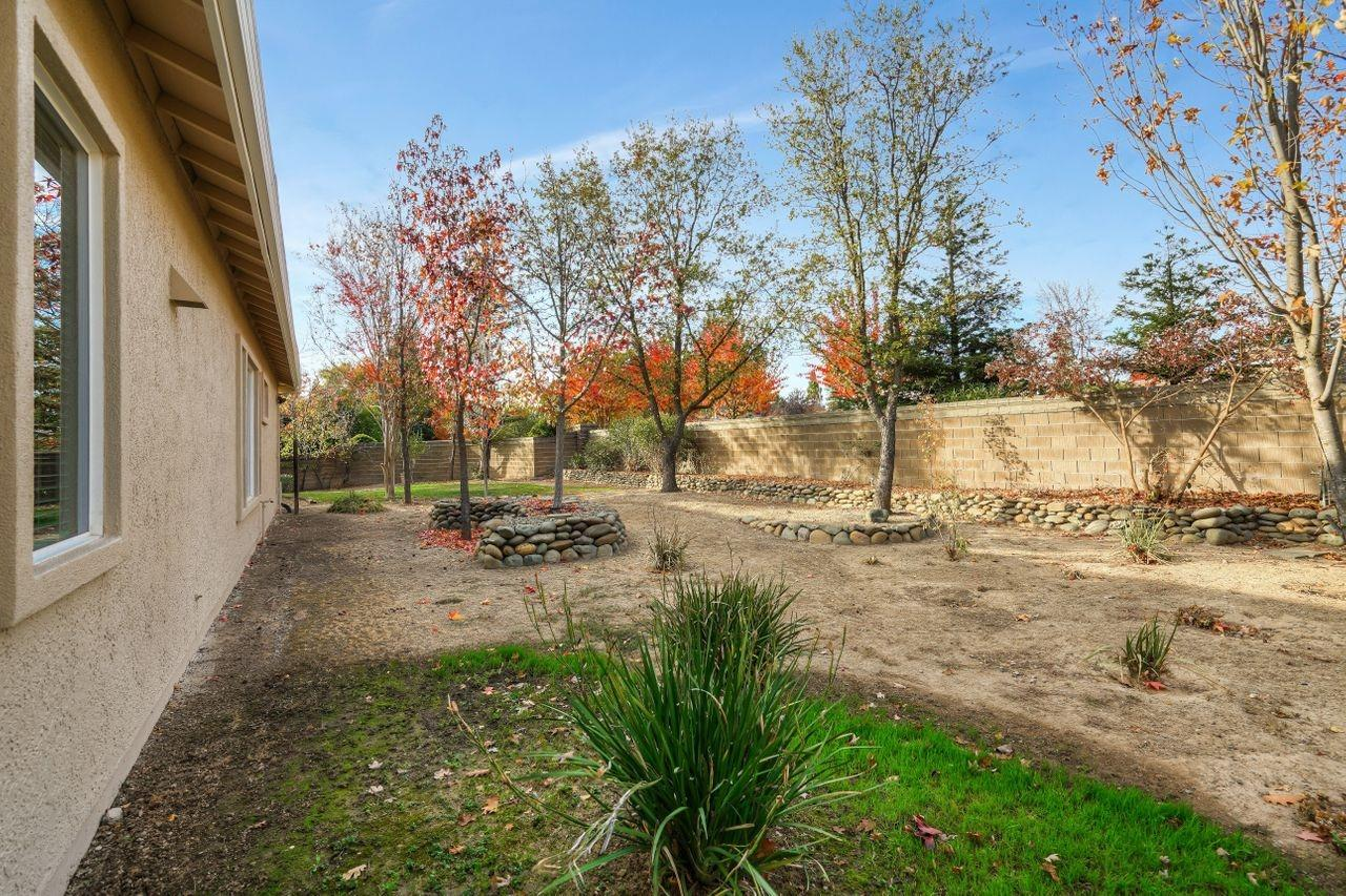 8601 Castle Creek Drive, Roseville, CA 95661