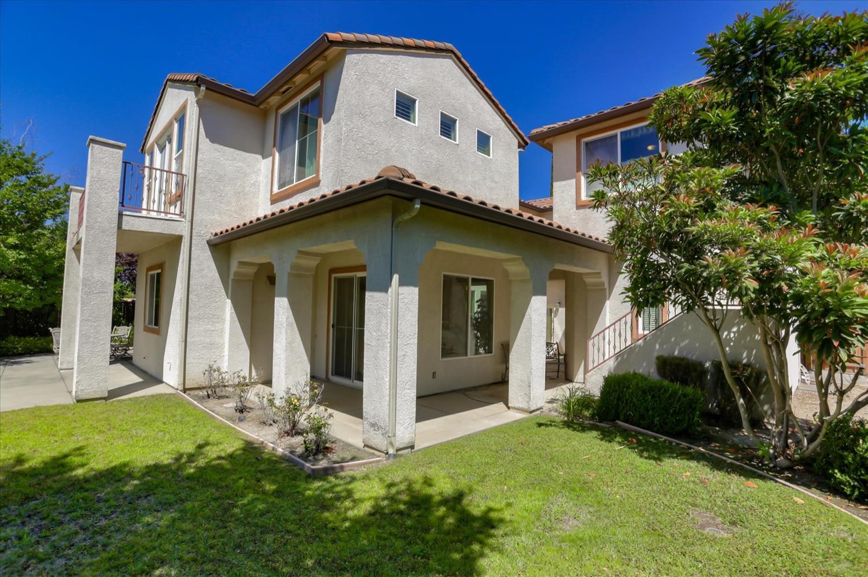 9175 Pinehurst Drive, Roseville, CA 95747