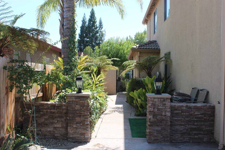 1608 Braddock Way, Roseville, CA 95747
