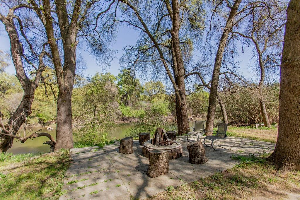 2425 River Road, Modesto, CA 95351