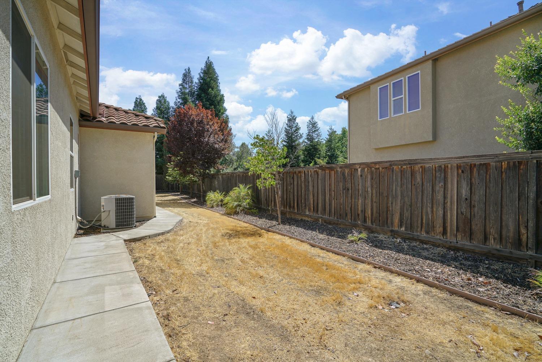 3825 Northcliffe Lane, Roseville, CA 95747