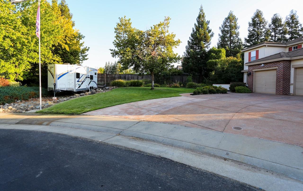 217 Hance Court, Roseville, CA 95747