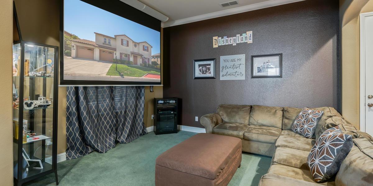 9415 Pinehurst Drive, Roseville, CA 95747