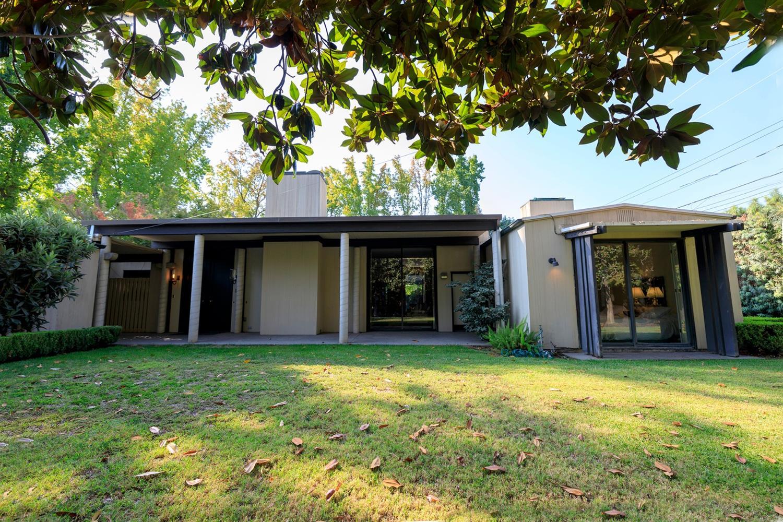 1009 Brady Avenue, Modesto, CA 95350