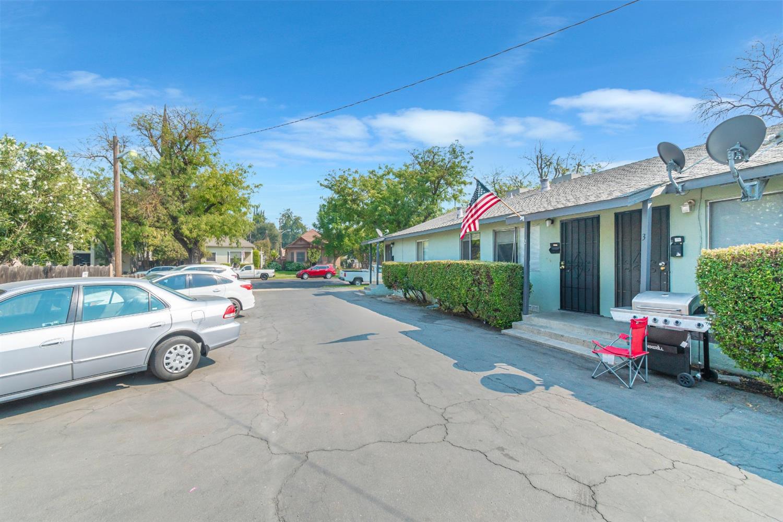 517 16th Street, Modesto, CA 95354