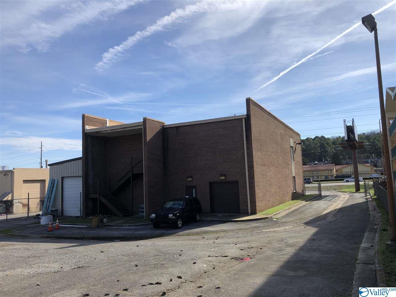 3154-3158 University Drive, Huntsville, AL 35816