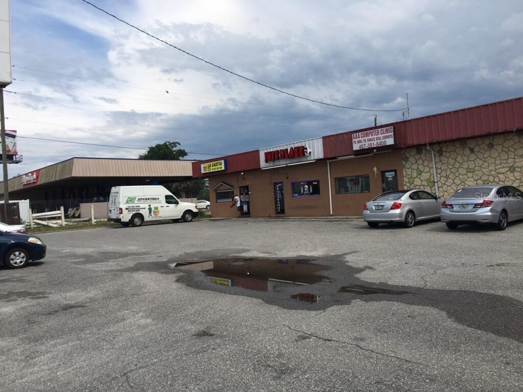 9804 East Colonial Dr, Orlando, FL 32817