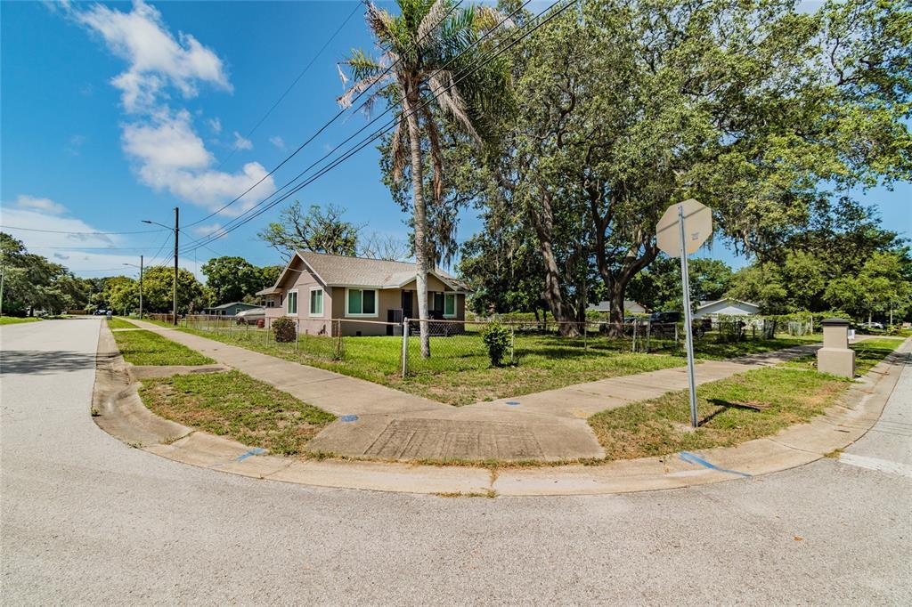 11724 132ND Avenue, Largo, FL 33778