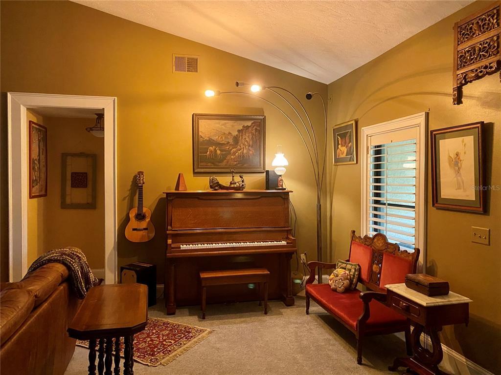 476 Wood Street, Lake Mary, FL 32746