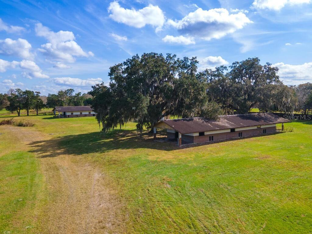 1606 Zipperer Road, Bradenton, FL 34212