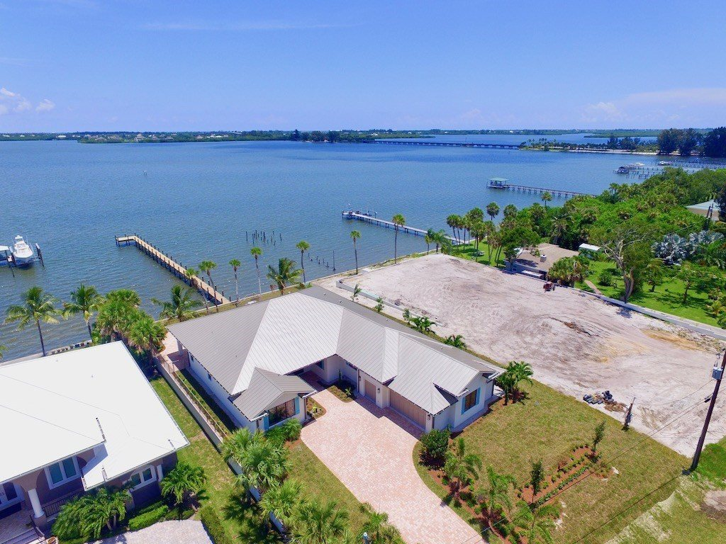 8960 44th Avenue, Sebastian, FL 32958