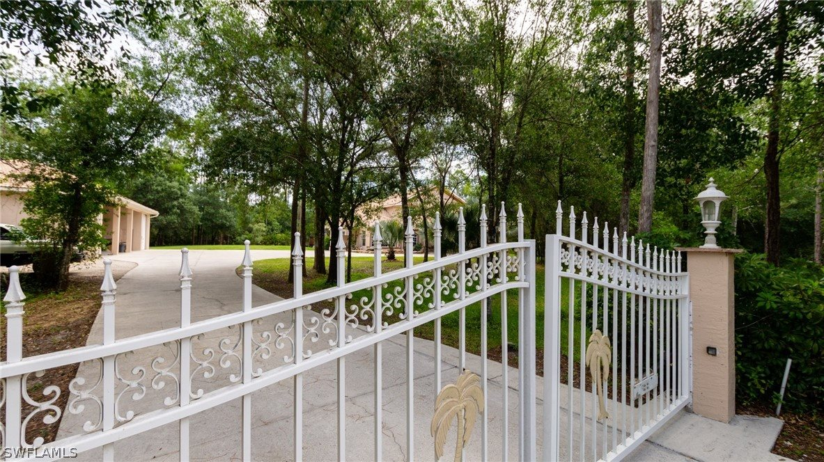 13391 Shire Lane, Fort Myers, FL 33912