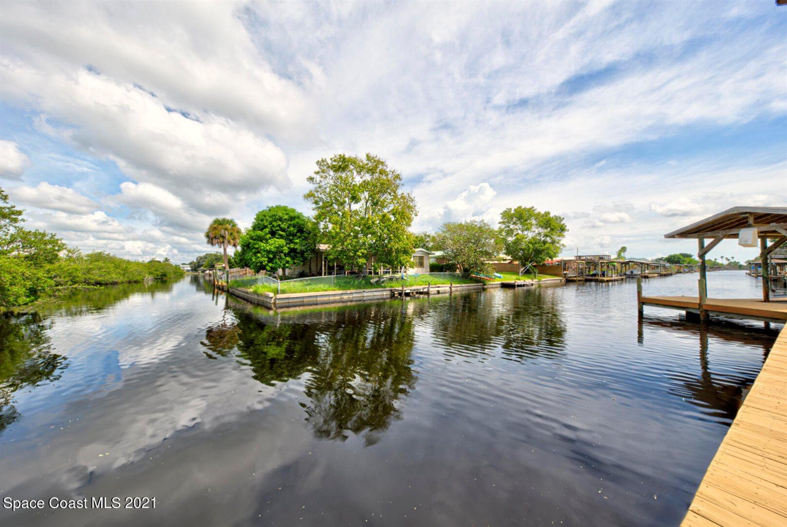 2050 Porpoise Street, Merritt Island, FL 32952