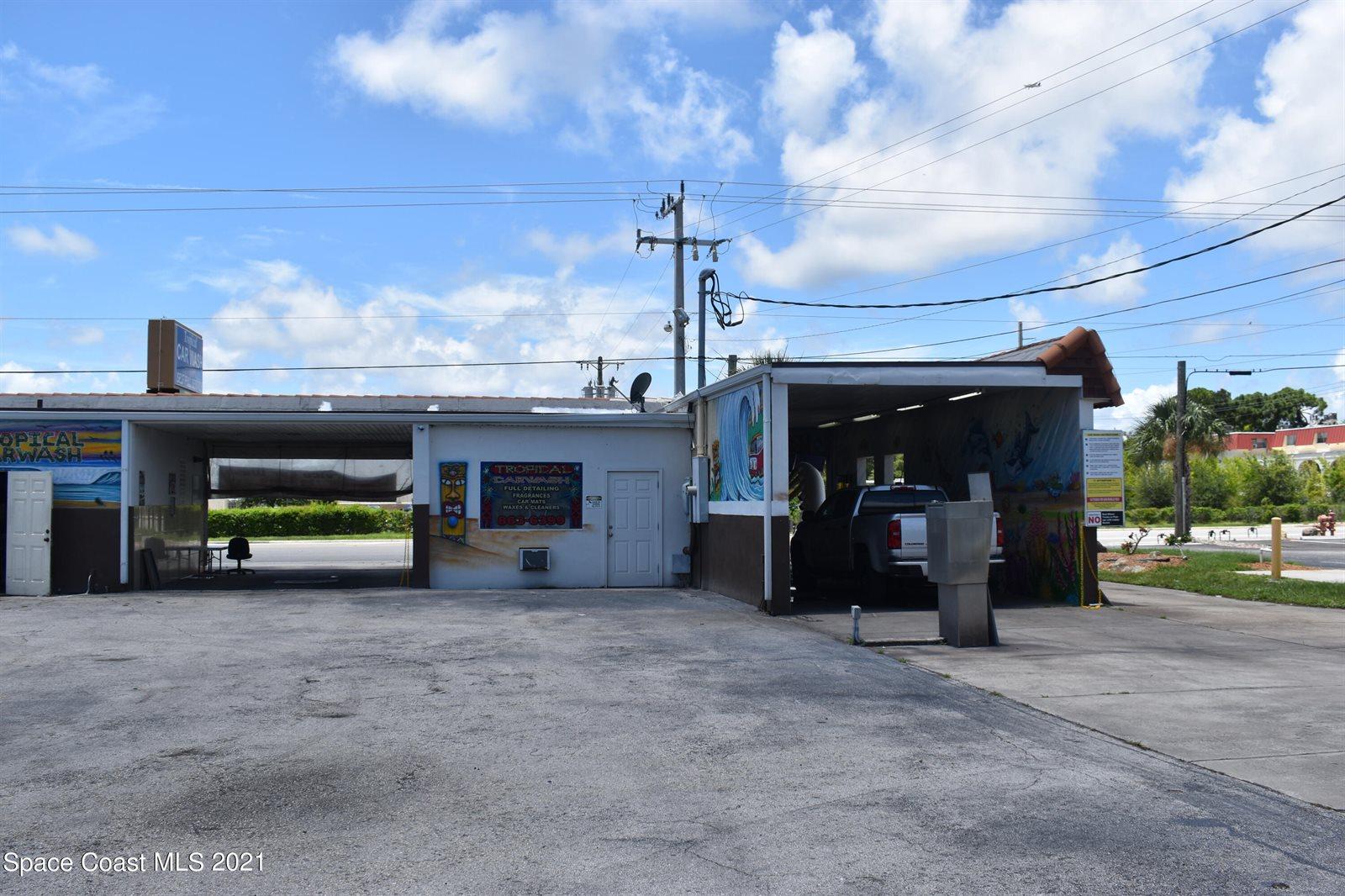 226 South Courtenay Parkway, Merritt Island, FL 32952