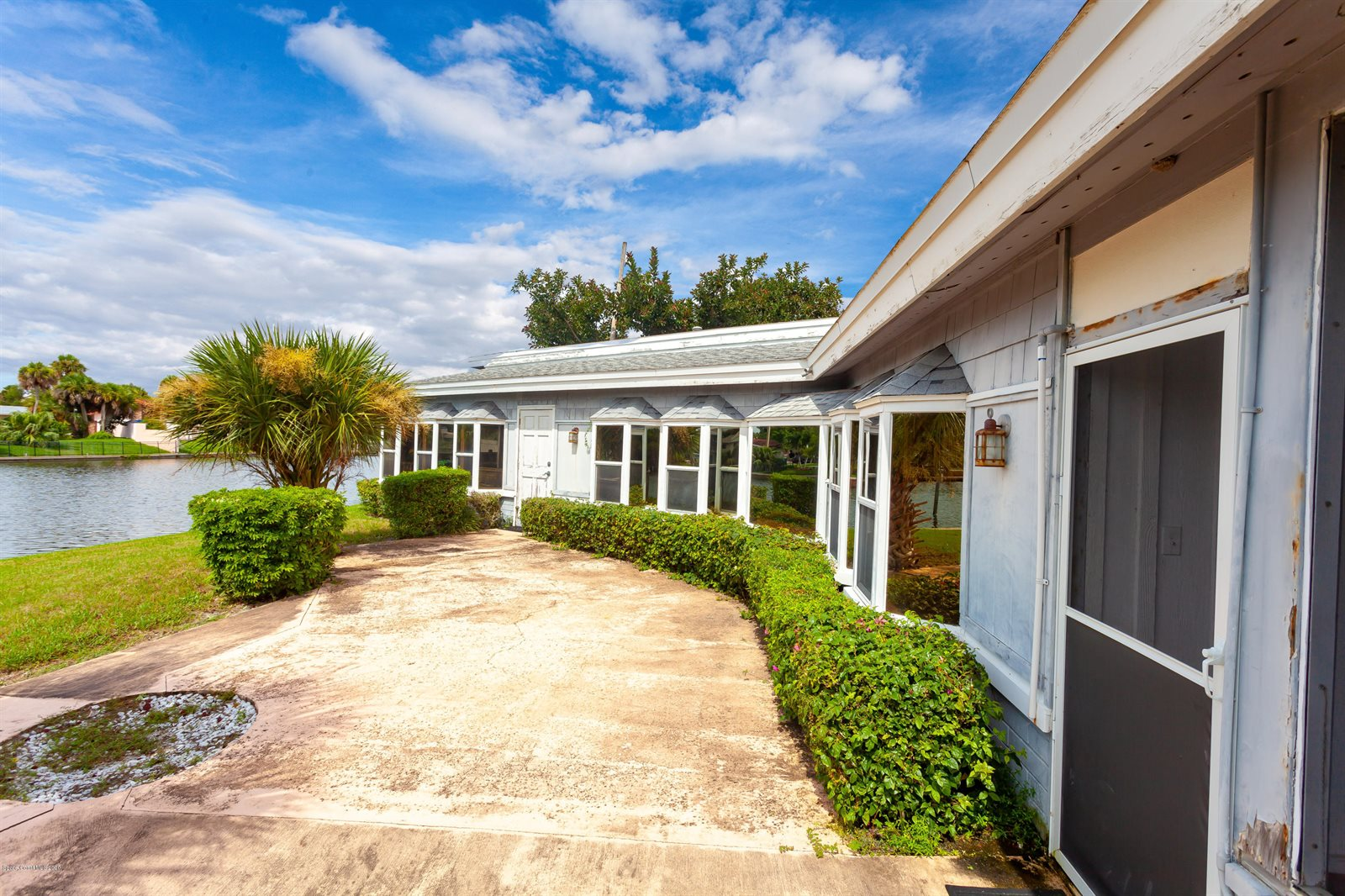 125 Aucila Road, Cocoa Beach, FL 32931