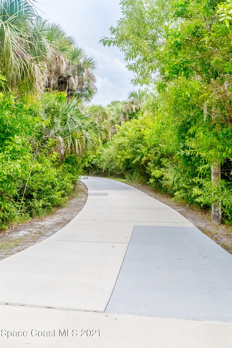 5222 Winding Way, Merritt Island, FL 32953