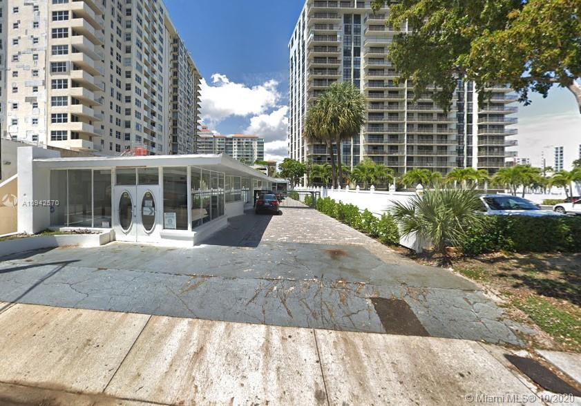 3025 North Ocean Blvd, Fort Lauderdale, FL 33308
