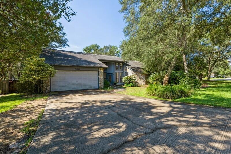 500 Garden Oak Cove, Niceville, FL 32578