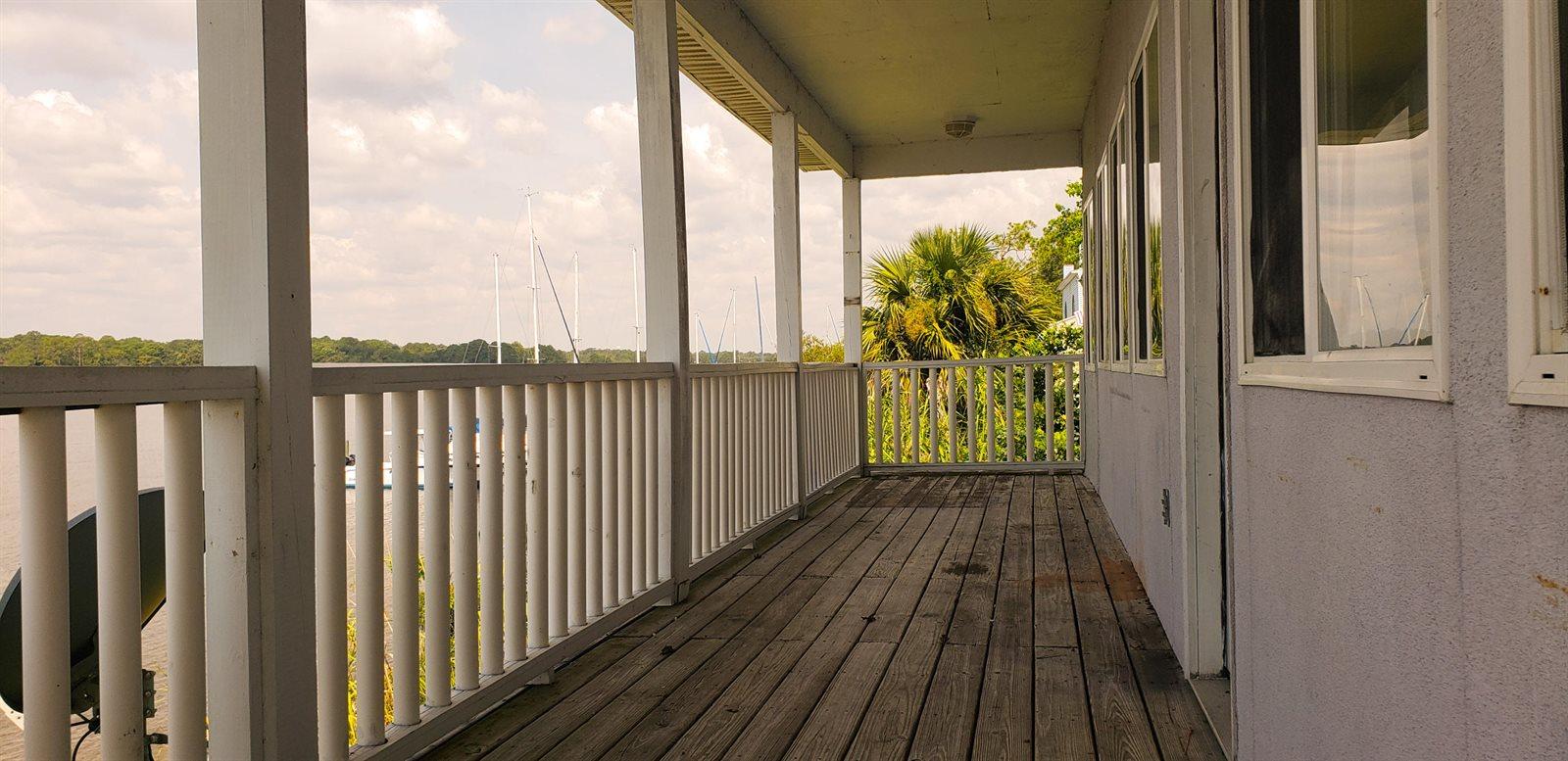 607 Bayshore Drive, Niceville, FL 32578