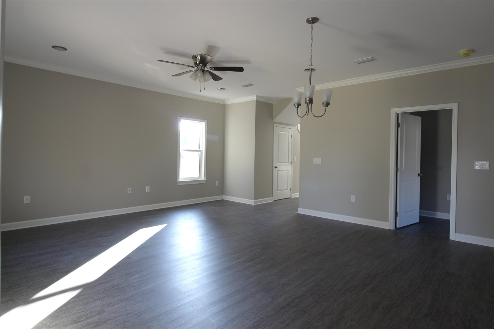 1911 Benton Avenue, Niceville, FL 32578