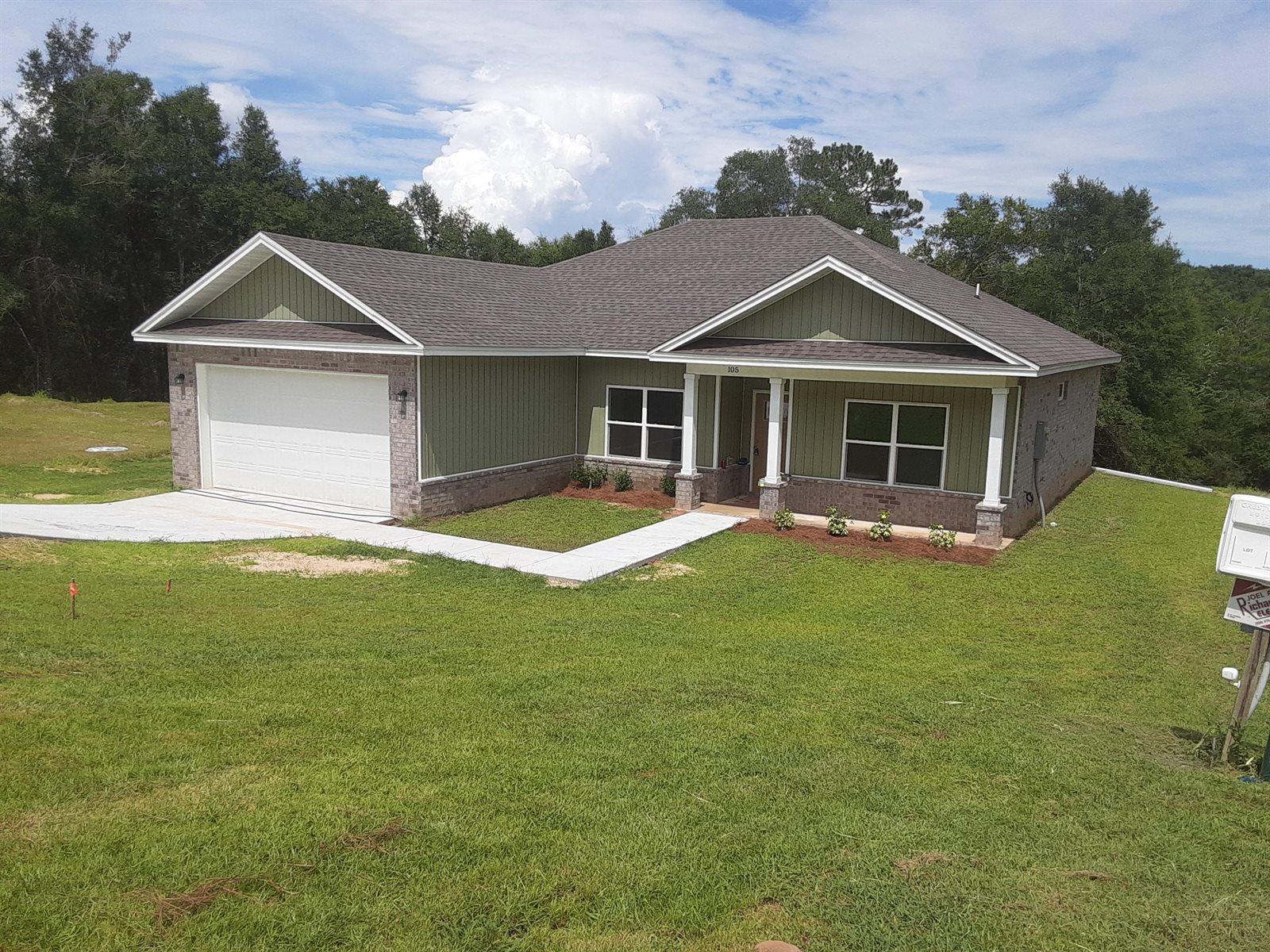 105 Brendas Way, Crestview, FL 32536