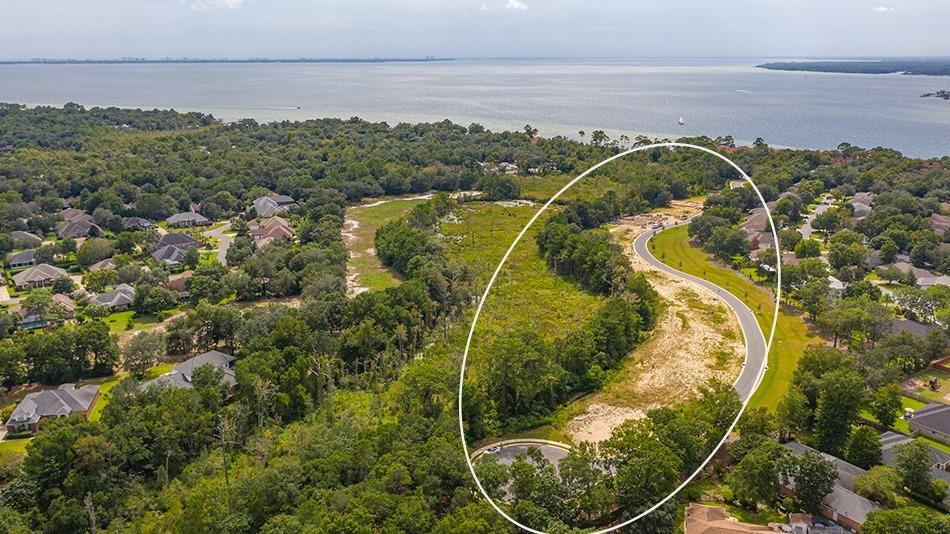 1688 Ella Lane, Niceville, FL 32578