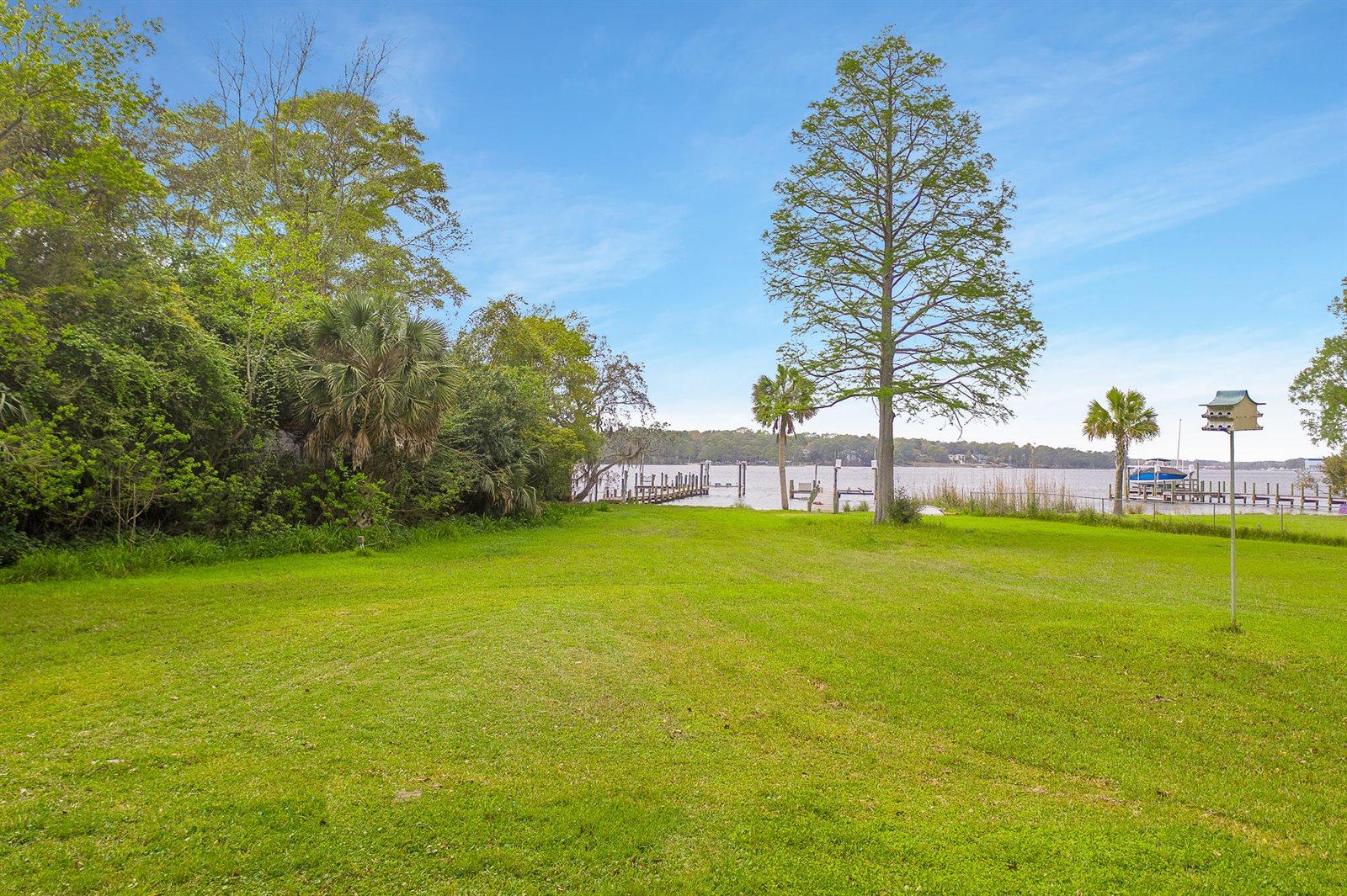 1201 Bayshore Drive, Niceville, FL 32578