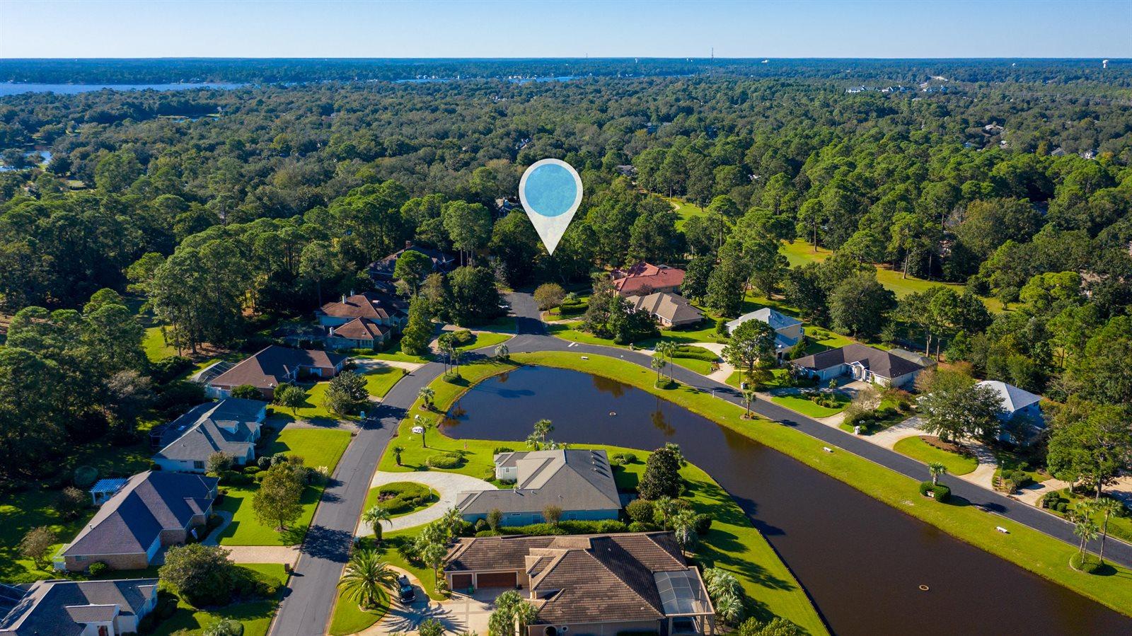 1528 Glenlake Circle, Niceville, FL 32578