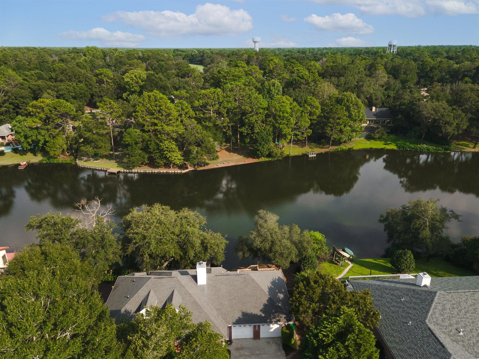 1030 Lake Way Drive, Niceville, FL 32578