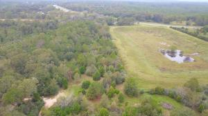 0000 Log Cabin Lane, Crestview, FL 32536