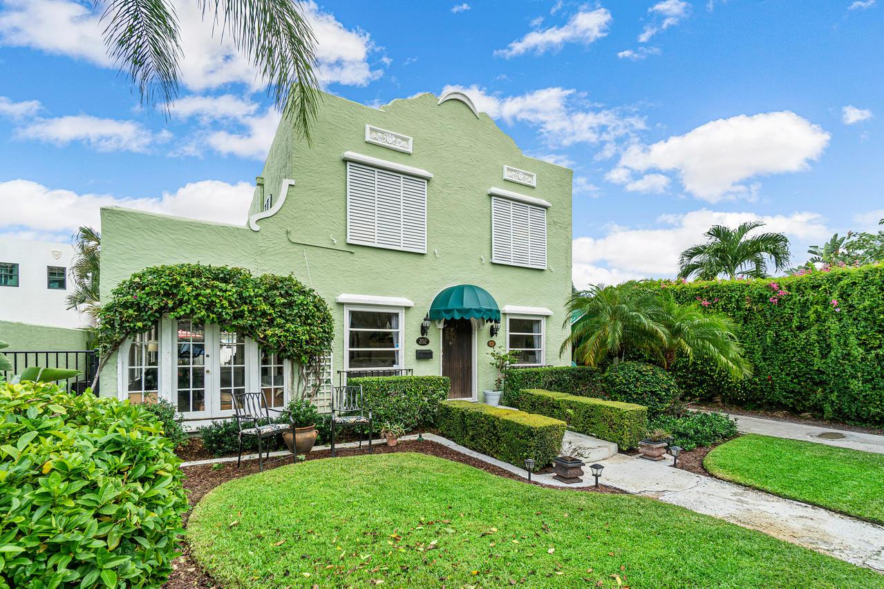 202 Greenwood Drive, West Palm Beach, FL 33405