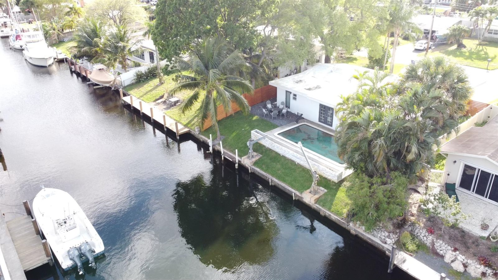 2442 Key Largo Lane, Fort Lauderdale, FL 33312