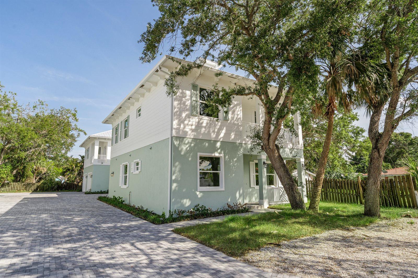 667 SW Cleveland Avenue, Stuart, FL 34994
