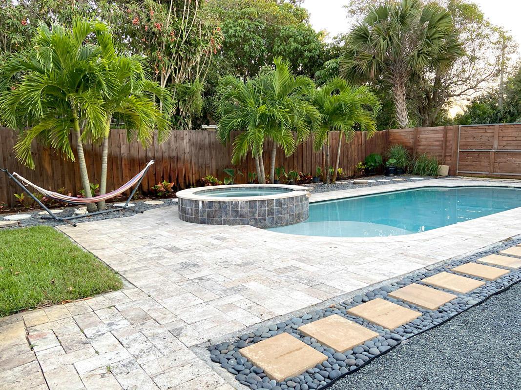 7800 South Olive Avenue, West Palm Beach, FL 33405