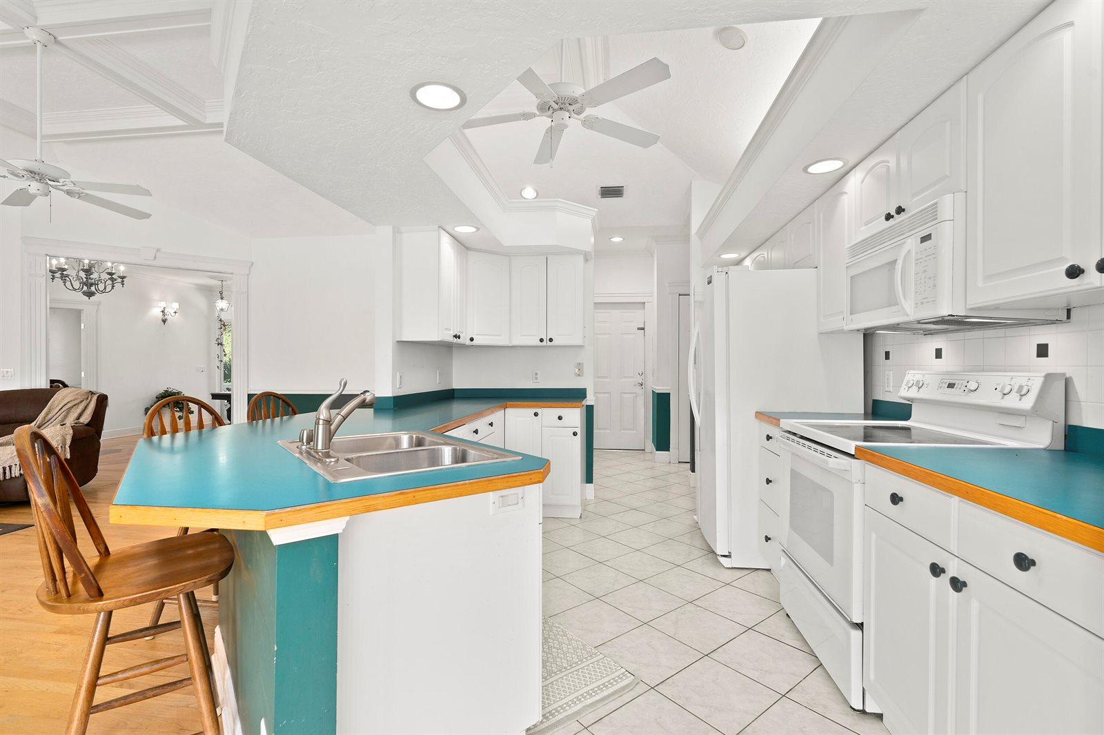 7630 SW Parkway Drive, Stuart, FL 34997