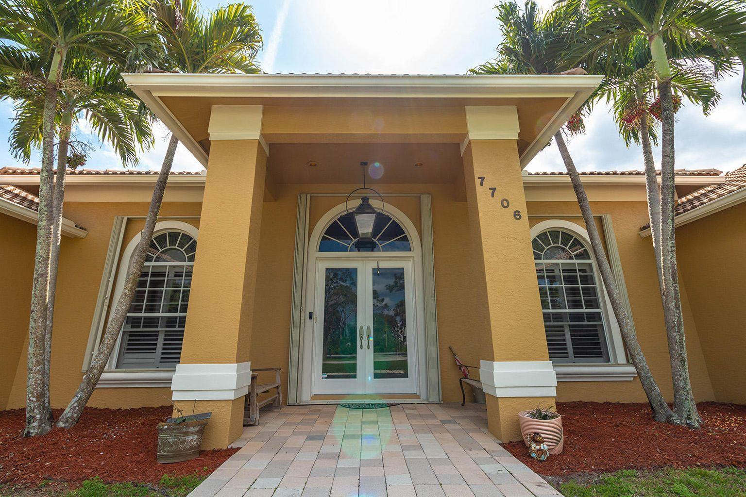 7706 160th Lane North, West Palm Beach, FL 33418