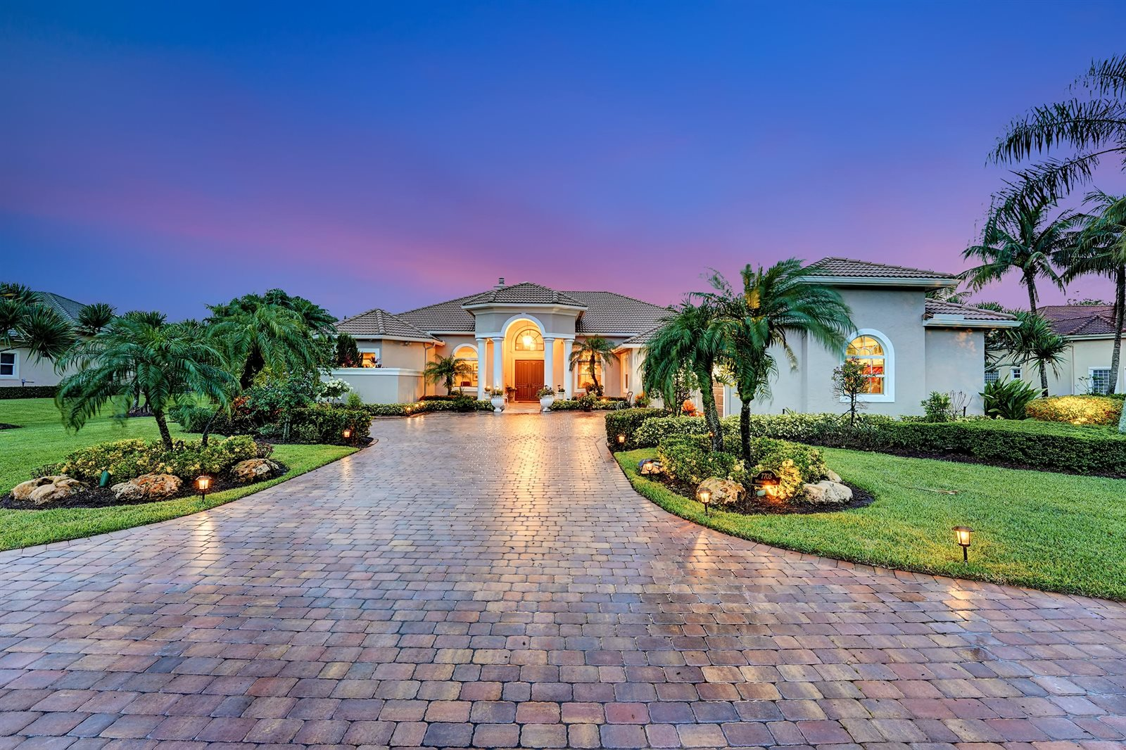 7705 Woodsmuir Drive, West Palm Beach, FL 33412