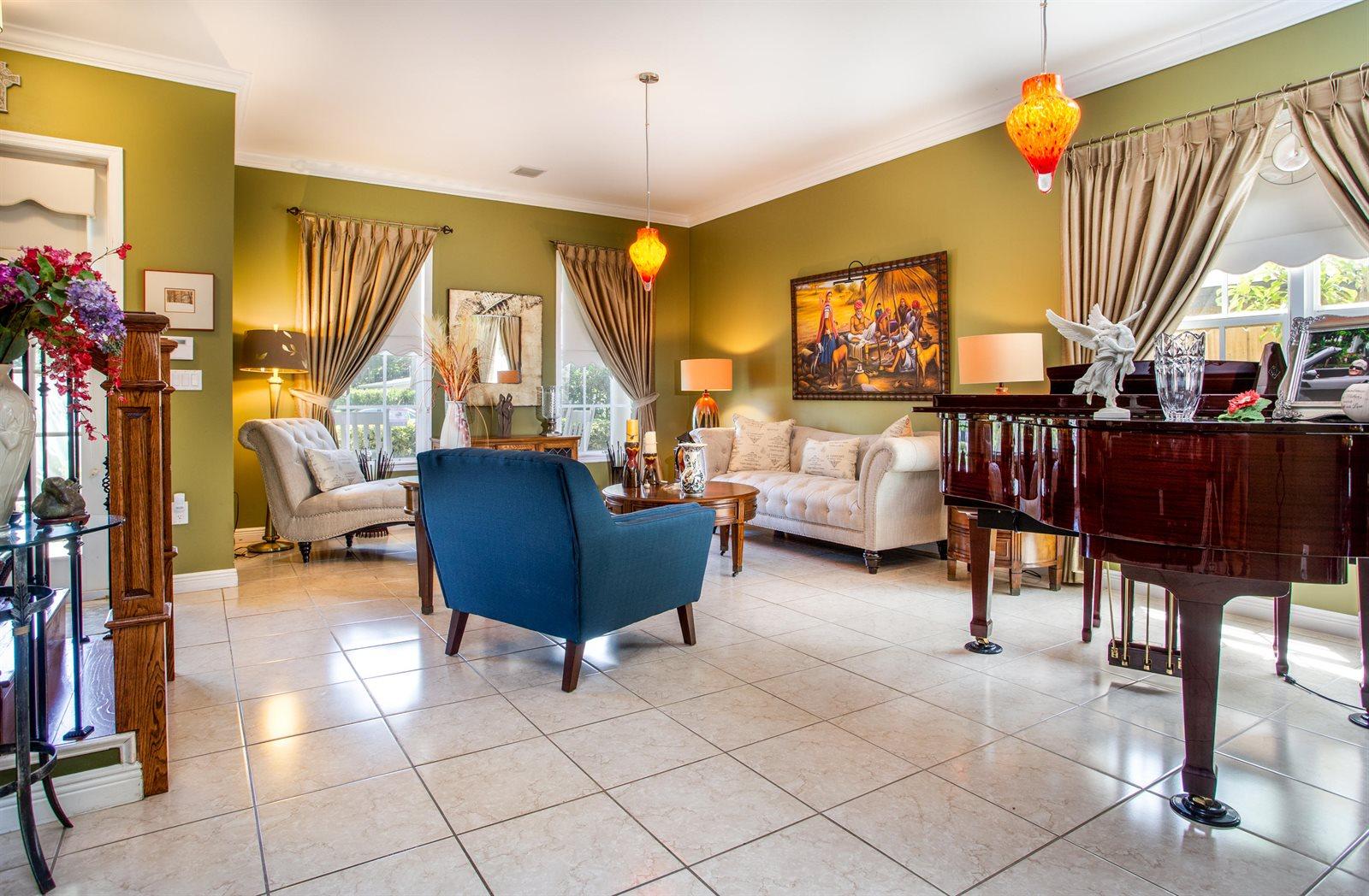 1713 NE 16th Terrace, Fort Lauderdale, FL 33305