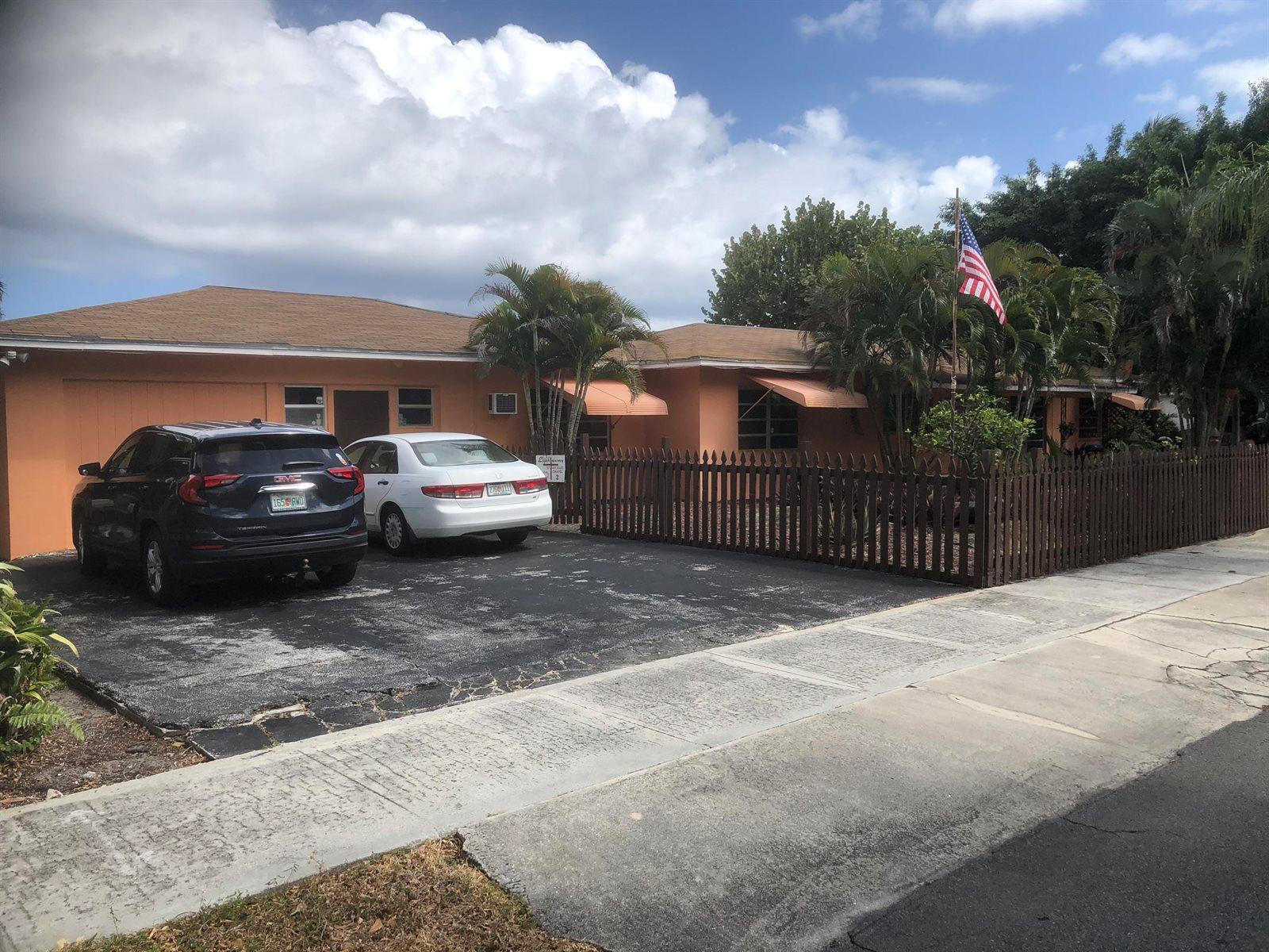 4414 Washington Road, West Palm Beach, FL 33405