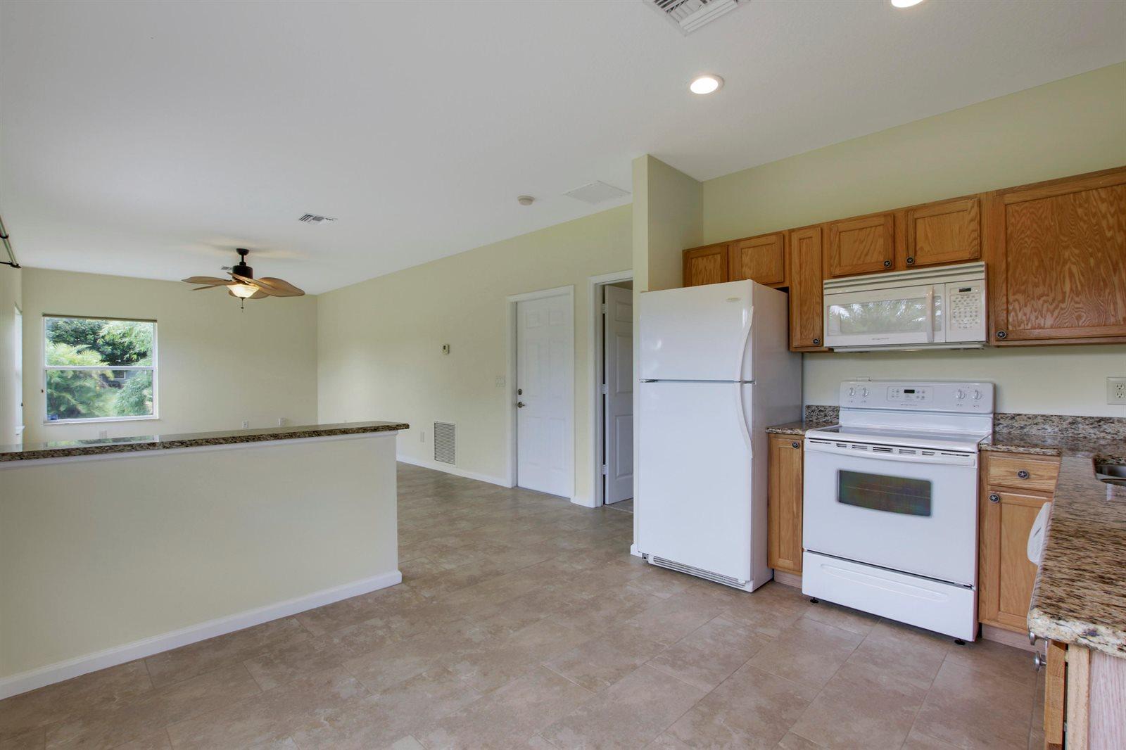 11566 SW Meadowlark Circle, Stuart, FL 34997