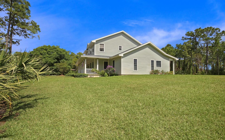 11057 SW Redwing Drive, Stuart, FL 34997