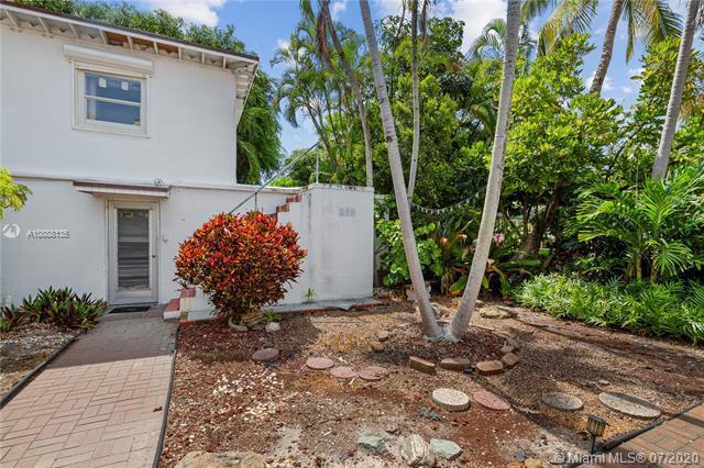 2412 North Ocean Boulevard, Fort Lauderdale, FL 33305