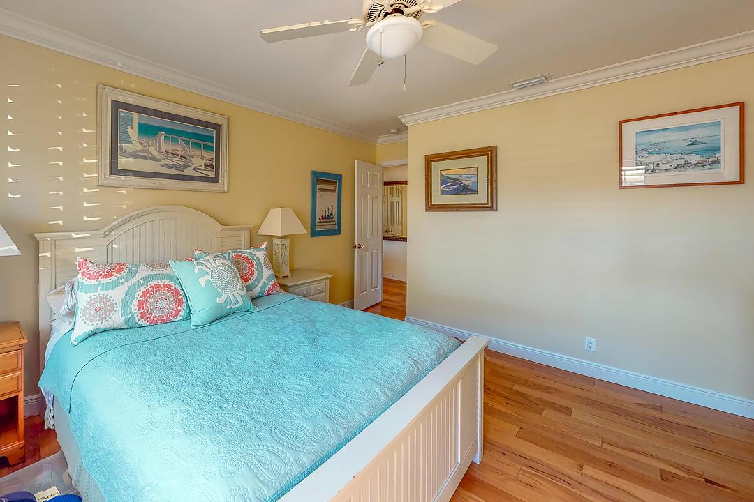 5804 SE Glen Eagle Way, Stuart, FL 34997